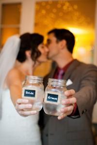 18-bride-and-groom-wedding-mason-jar-cups