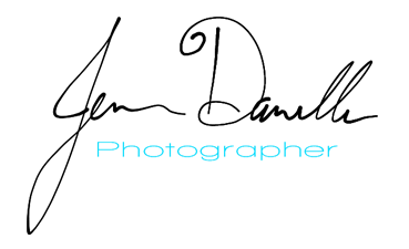 Jenna Danelle Photographer logo